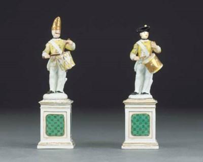 Two Meissen figures of Grenadi