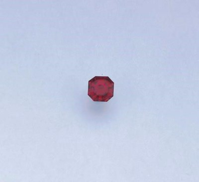 AN UNMOUNTED RED SPINEL