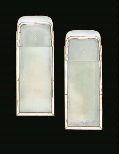 A PAIR OF GILTWOOD PIER GLASSE