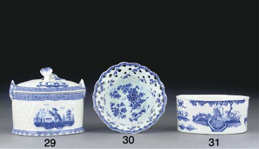 A BOW BLUE AND WHITE OVAL POTT