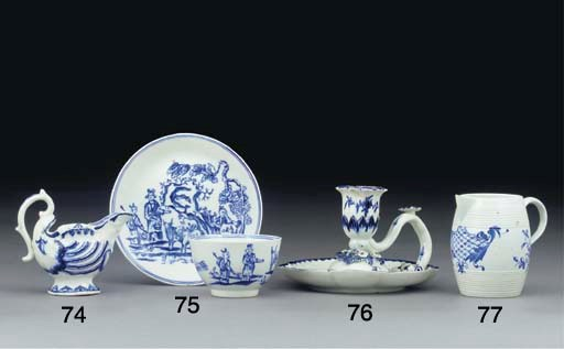 A DERBY BLUE AND WHITE TEABOWL