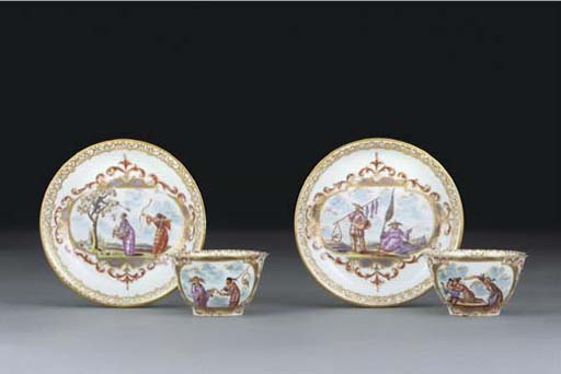A PAIR OF BÖTTGER CHINOISERIE