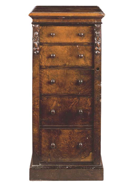 A MID-VICTORIAN ROSEWOOD WELLI