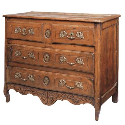 A FRENCH PROVINCIAL OAK COMMOD