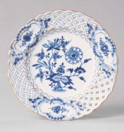 A MEISSEN BLUE AND WHITE PART