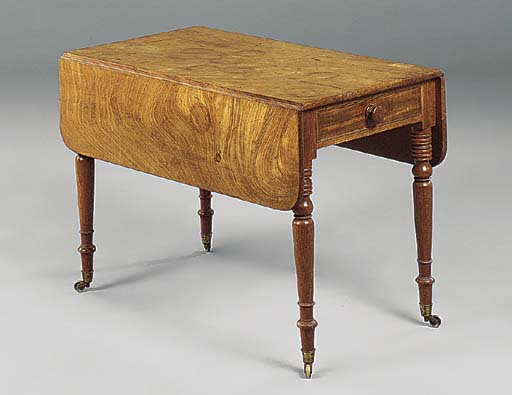 A WILLIAM IV MAHOGANY PEMBROKE