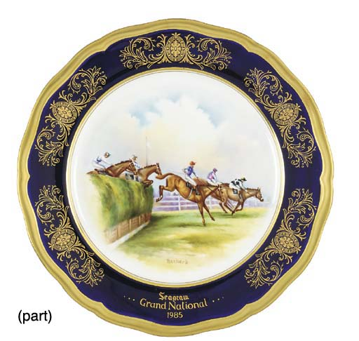 A SET OF FIVE AYNSLEY PLATES C