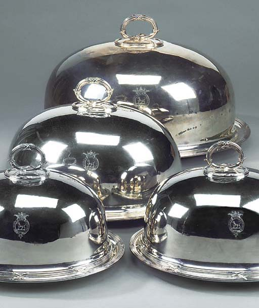 A GRADUATED SET OF FOUR SILVER