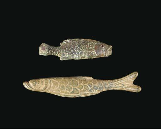 A ROMANO-EGYPTIAN BRONZE FISH