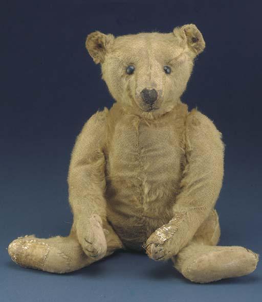 A Steiff center-seam teddy bea