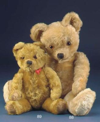 A late Alpha Farnell teddy bea