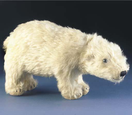 A rare Strunz polar bear with