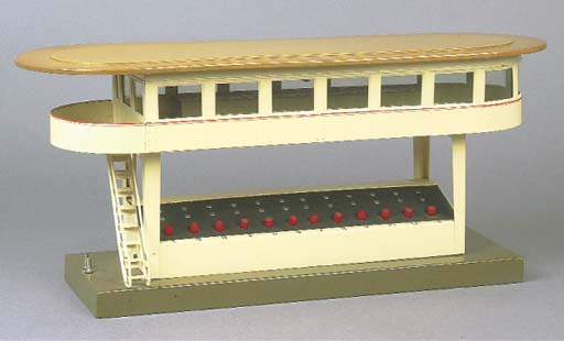 Märklin 13729/12 twelve button electric signal cabin