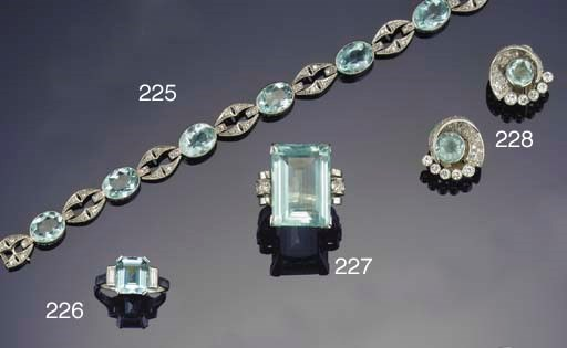 An aquamarine and diamond brac