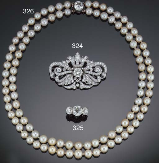 A pearl necklace on a diamond