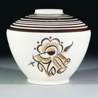 A POOLE POTTERY VASE BY TRUDA