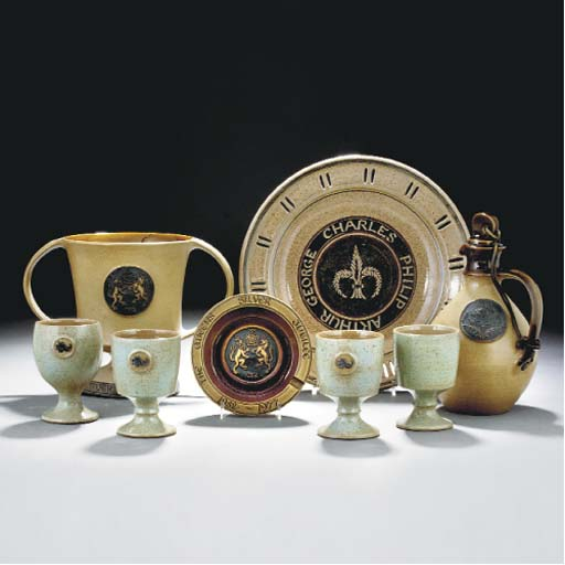 A GROUP OF STONEWARE ITEMS BY