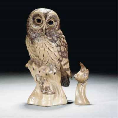 A POOLE POTTERY OWL BY BARBARA