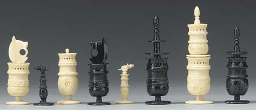 A Mexican turned bone chess se