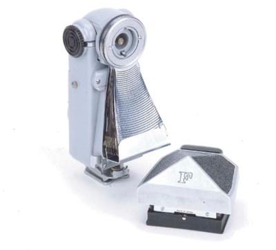 Nikon flash unit model V