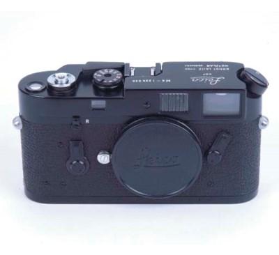 Leica M4 no. 1225038