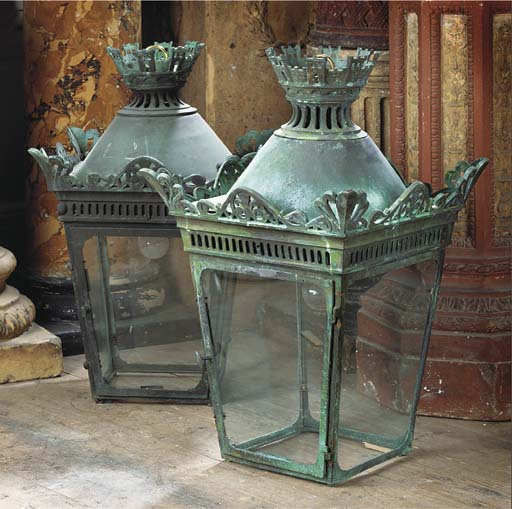 A PAIR OF FRENCH BRONZE LANTER
