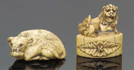 A Japanrese ivory netsuke of a karashishi, 18th century