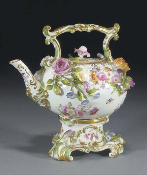 A Coalport teapot, cover and s