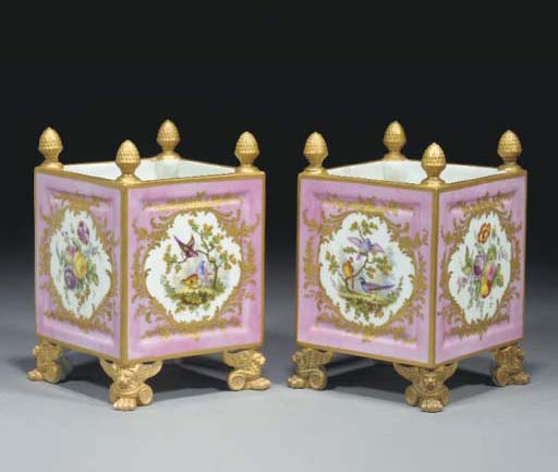 A pair of Sevres-style jardini