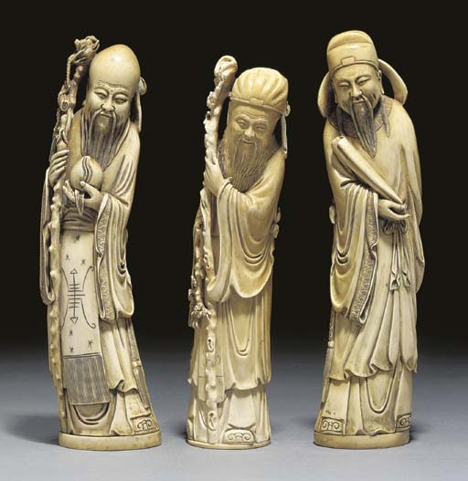 A group of three Chinese ivory