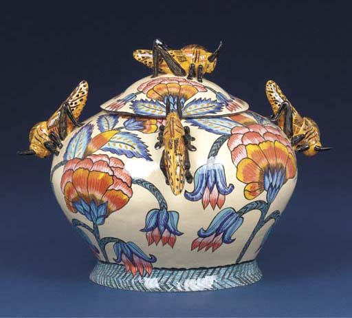 A locust tureen and cover