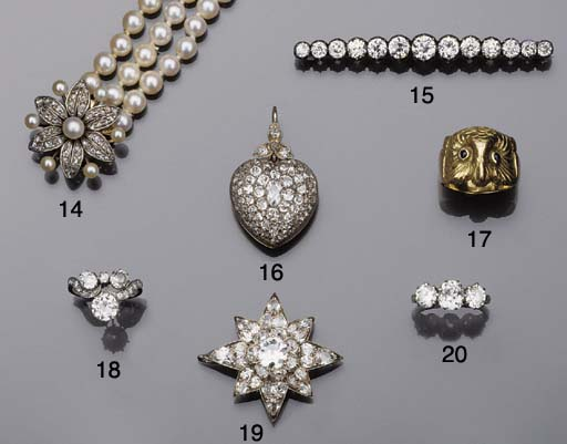 A group of jewellery,