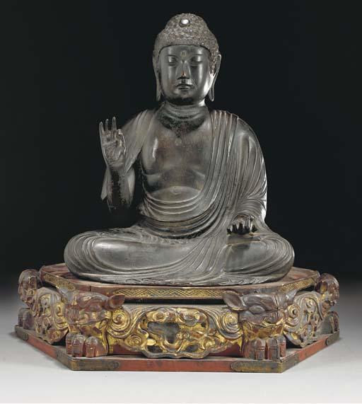 A large Japanese bronze figure