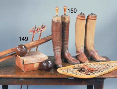 TWO PAIRS OF LEATHER BOOTS, TO