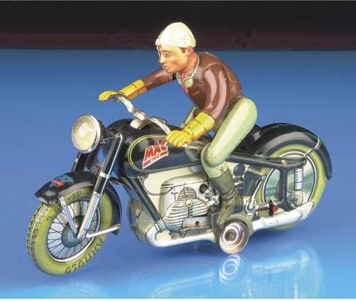 An Arnold clockwork MAC700 Mot