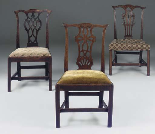 Three George III mahogany dini