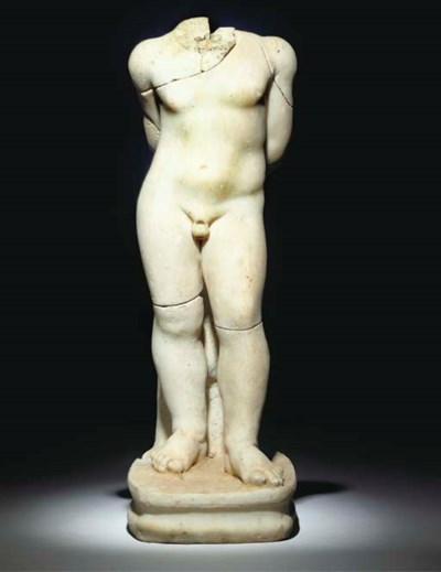 A ROMAN MARBLE STATUETTE OF A