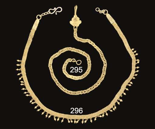 A ROMANO-EGYPTIAN GOLD PENDANT