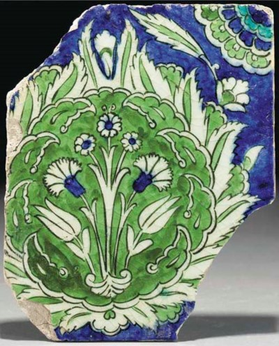 A Damascus pottery tile fragme