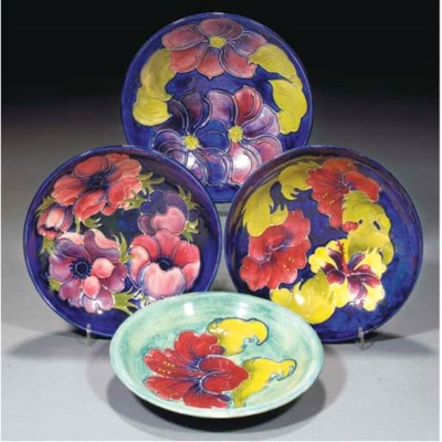 Two Moorcroft Hibiscus Bowls