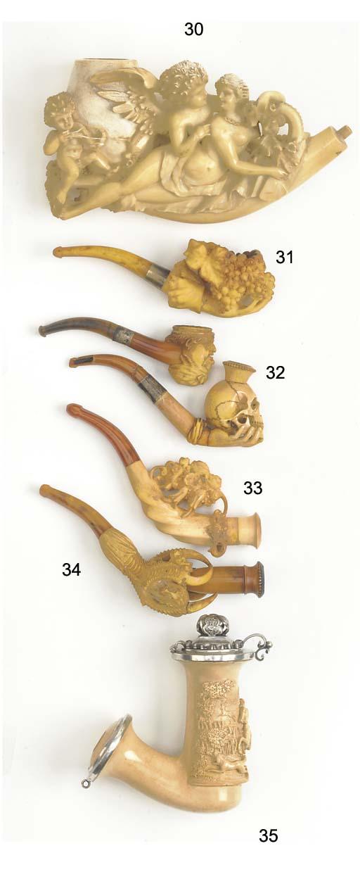 A Meerschaum pipe modelled as