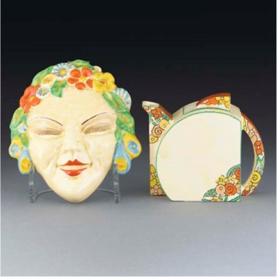 A Flora Wall Mask