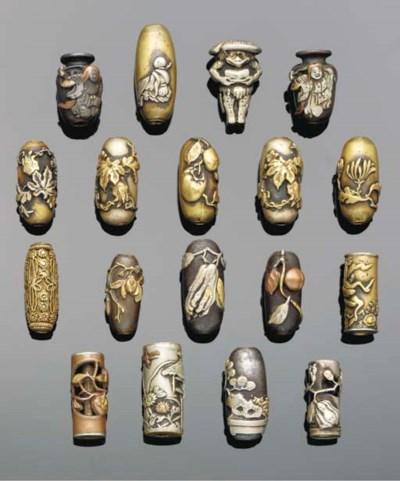 Eighteen Japanese ojime beads,