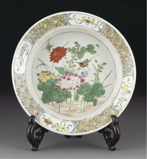 A Chinese deep circular bowl,