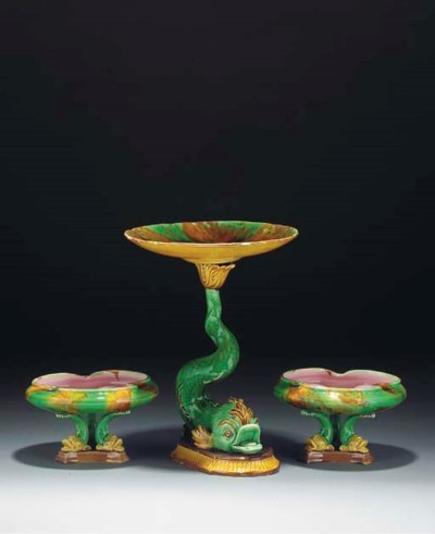 A pair of Englsih majolica foo
