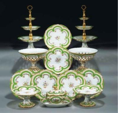 A French porcelain part desser