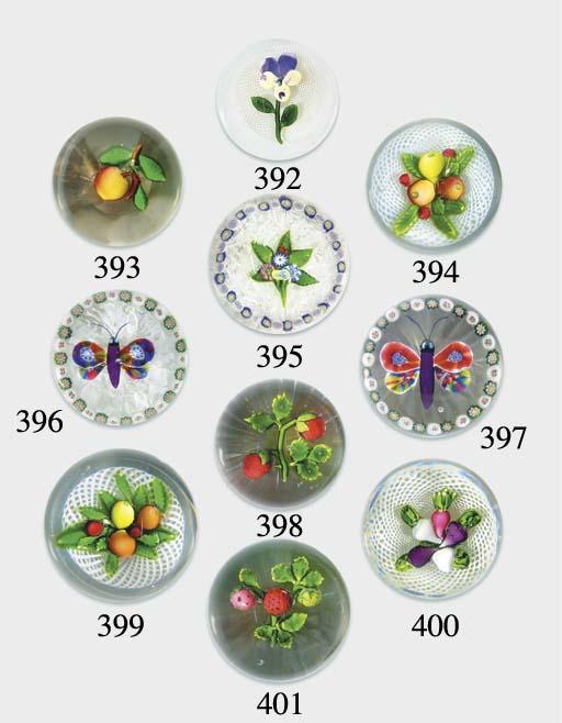 A St Louis fruit weight