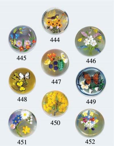 A Paul Stankard bouquet weight