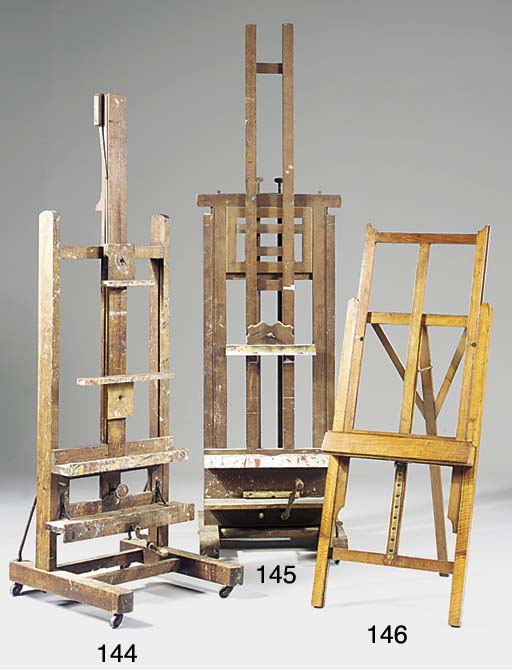 An oak 'H' frame gallery easel