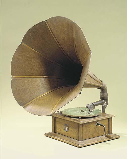 A Beltona oak horn gramophone